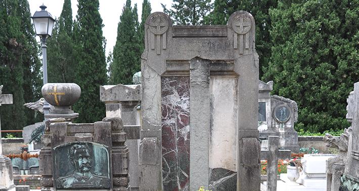 Monumento Funerario di Augusto Desideri