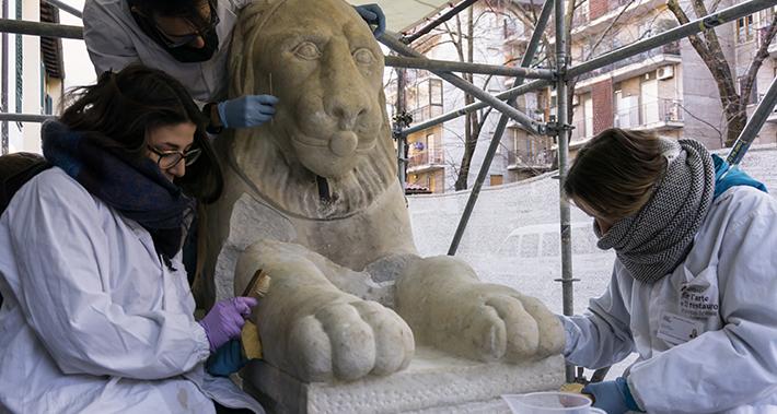 Leone marmoreo del Piazzale di Poggio Imperiale